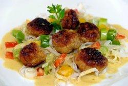 Chüngel-Fleischchügeli asiatisch inspiriert
