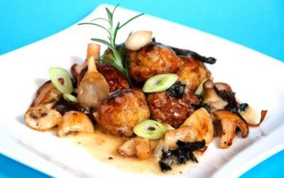 Chüngel-Fleischchügeli gebraten mit frischen Pilzen