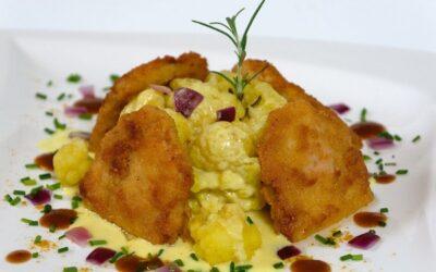 Schnitzel nach Wiener-Art mit Curry-Blumenkohl